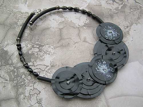 black sheerNecklace