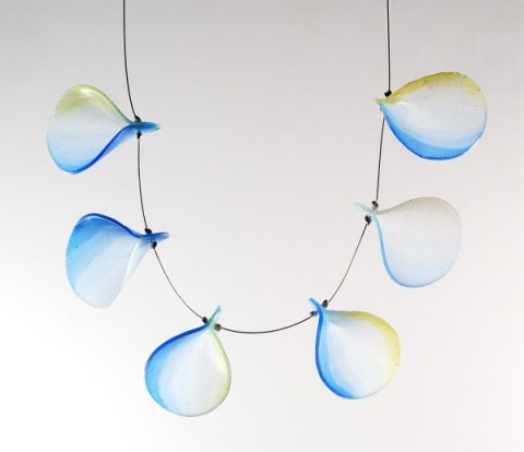 Pardo-Trans-Flake-Necklace-600x518