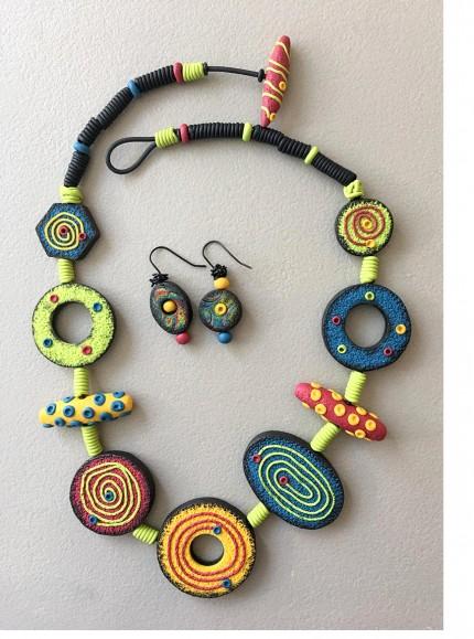 LynTremblay fun necklace